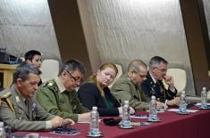 Informisanje stranih vojnih predstavnika