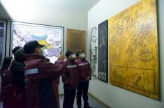 Lekari iz Kine posetili Vojni muzej