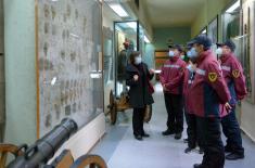 Лекари из Кине посетили Војни музеј