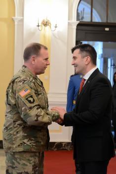 Састанак министра одбране са командантом Kопнене војске Европске команде САД