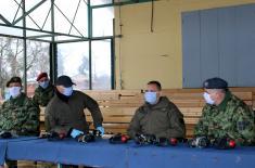 Ministar Vulin: Obuka u Vojsci Srbije ne odlaže se zbog vanrednog stanja i dodatnih zadataka