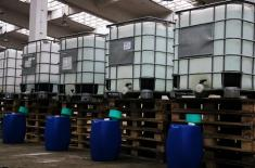 """Iz """"Prve iskre"""" u Bariču 5.000 litara alkoholnog rastvora za Vojsku Srbije"""