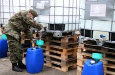 """Из """"Прве искре"""" у Баричу 5.000 литара алкохолног раствора за Војску Србије"""
