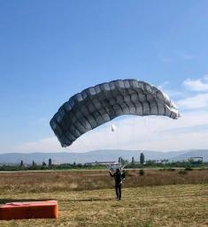 Veteran Paratroopers' Jump
