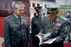 Генерал Диковић посетио Сајам књига