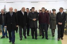 """Министар одбране посетио """"Јумко"""""""