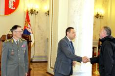 Minister Vulin: Ministry of Defence and Serbian Armed Forces take care of their members