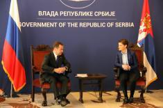 """Doček premijera Ruske Federacije ispred Palate """"Srbija"""""""