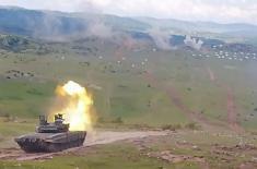 """Борбена дејства тенкова Т-72МС на вежби """"Муњевити удар 2021"""""""
