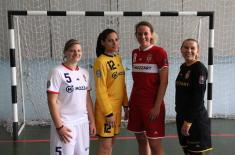 Донација женској фудбалској екипи Војне академије