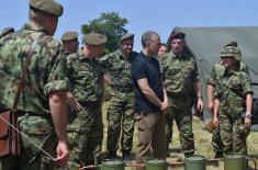 Министар Стефановић: Нема племенитије дужности од заштите своје земље