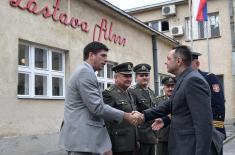 "Ministar Vulin obišao VFC ""Zastava film"""