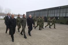 Министар Вулин: Војска Србије се неће повлачити и смањивати