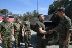 Министар Вулин: Домаћа памет у служби напретка наше Војске