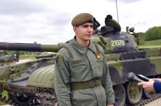 Ministar Vulin na obuci kadeta: Naše oklopne jedinice dobiće prvoklasne oficire