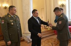 Министар Вулин: Министарство одбране и Војска Србије брину о животним питањима својих припадника