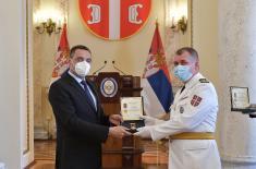 Unapređenja i priznanja najzaslužnijim u borbi sa Kovid-19