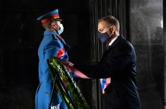 Minister Stefanović lays wreath at Monument to Unknown Hero on Veterans' Day