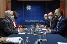 Састанак министра Стефановића са амбасадором Алжира Шебшубом