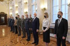 Министар Стефановић уручио стипендије за 23 младих