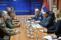 Састанак министра одбране и команданта КФОР-а