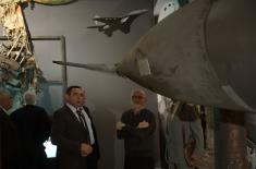 "Commanders of the heroic brigades visit exhibition ""Defence 78"""