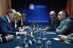 Sastanak ministra Vulina i ambasadora SAD Godfrija