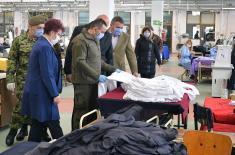 """Ministar Vulin u Vranju: """"Jumko"""" dnevno proizvede 20.000 zaštitnih maski"""