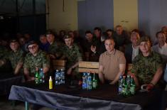 """Министар Стефановић присуствовао ноћном гађању на полигону """"Никинци"""""""