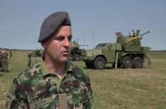 Министар Вулин: Војска не напушта ниједно средство
