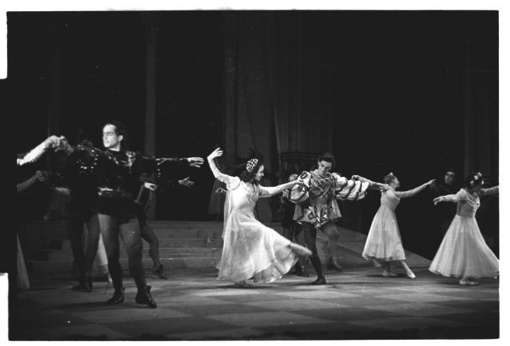 Први јавни наступ Уметничког ансамбла ЈА у Народном позоришту