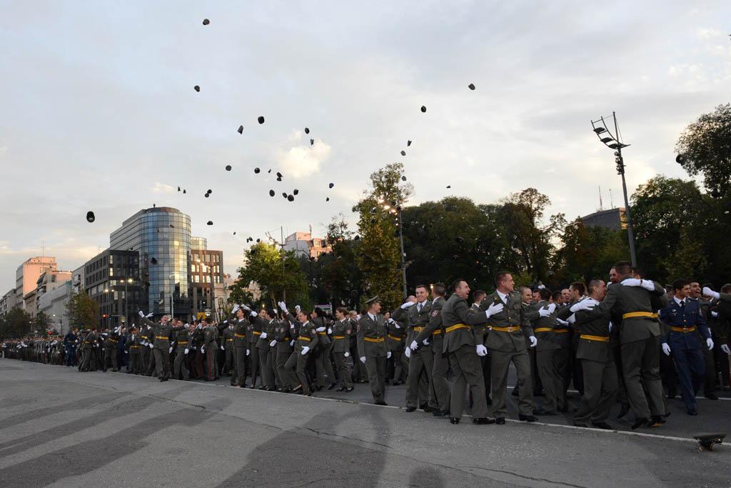 Promovisani najmlađi oficiri Vojske Srbije