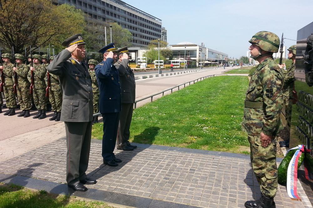 Serbian army multimedia - Page 7 1750558_Polaganje_venaca_v
