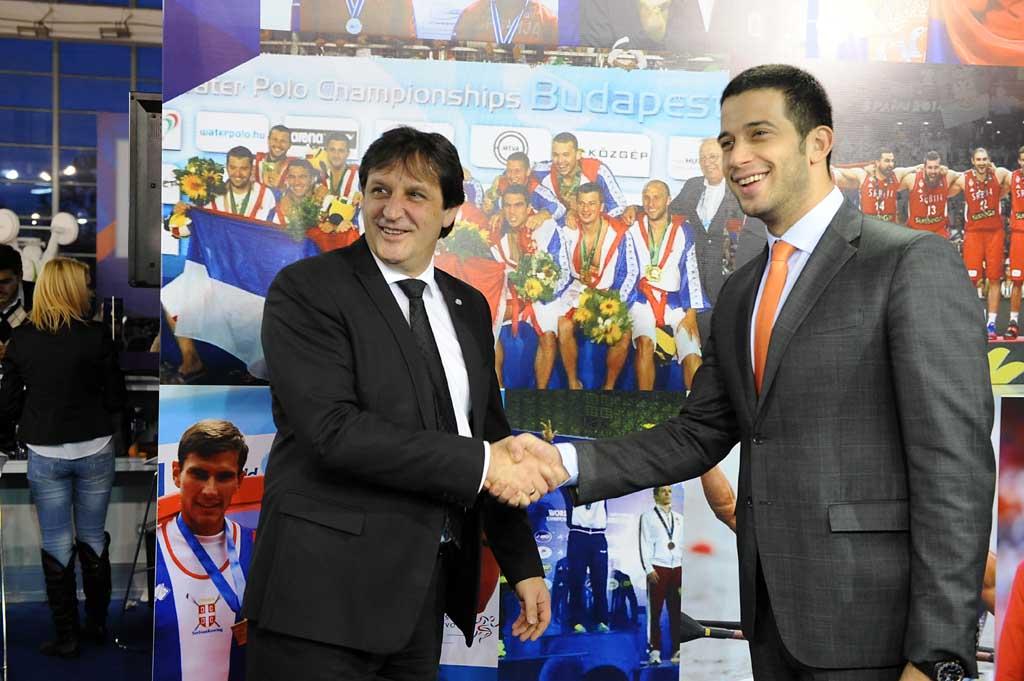 Министар Гашић на 3. међународном сајму спорта
