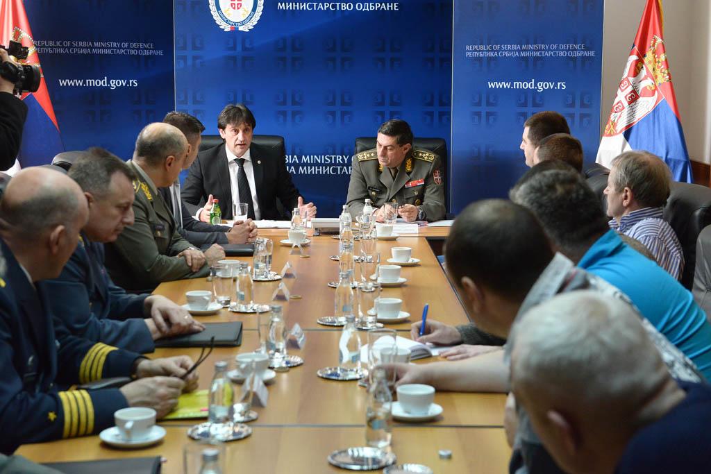 Састанак министра Гашића са представницима синдиката