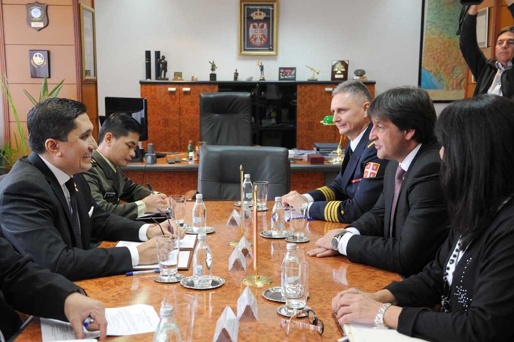 Састанак министра Гашића и амбасадора Индонезије